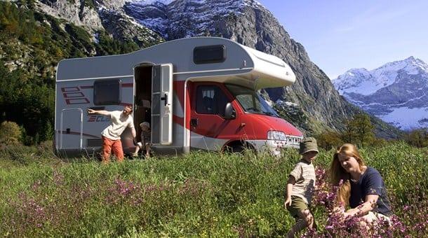 viajar-caravana-niños