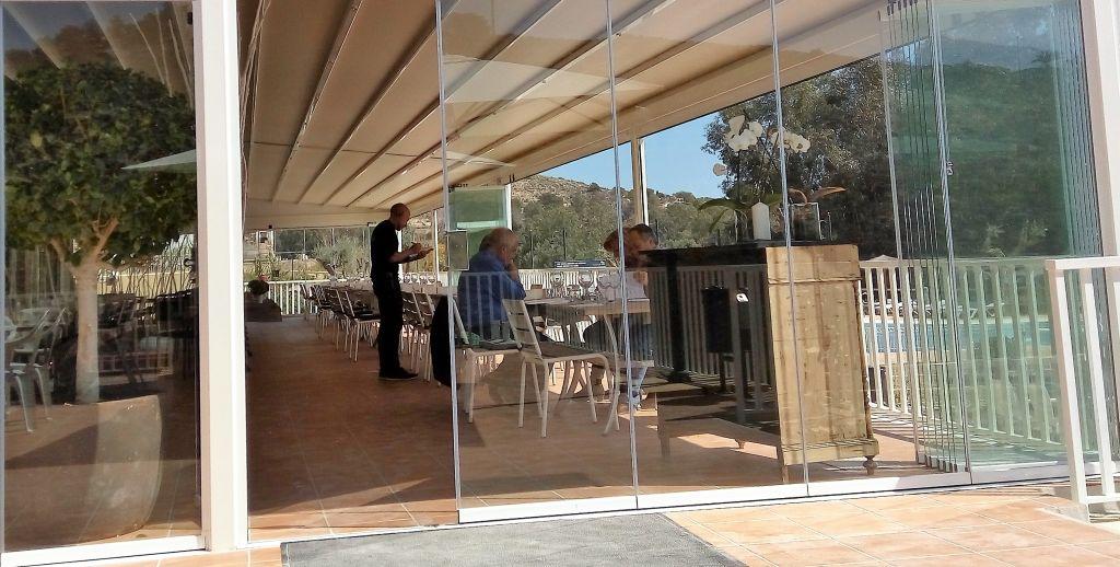 terraza-bar-torres-camping