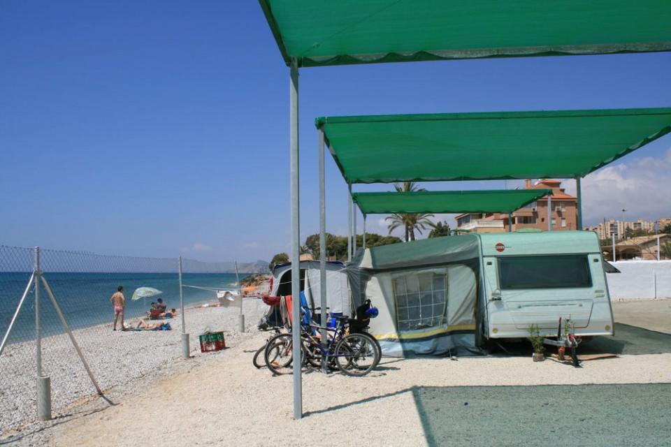 Parcela de Playa del Camping Playa Paraiso de Villajoyosa en Alicante