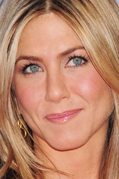 jennifer aniston s eye brightening makeup trick