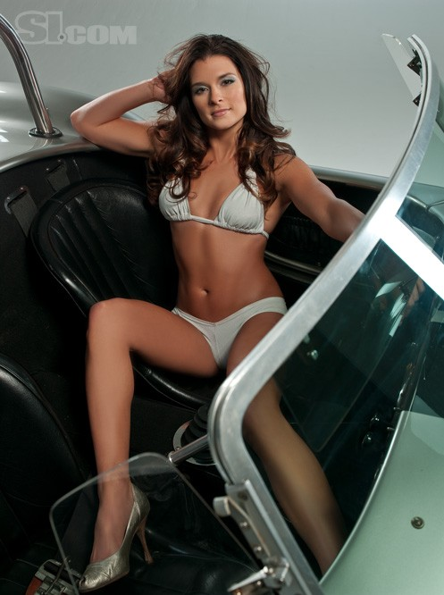 2009 Sports Illustrated Swimsuit Issue Danica Patrick Photo Gallery Autoblog