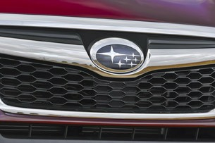 2014 Subaru Forester grille