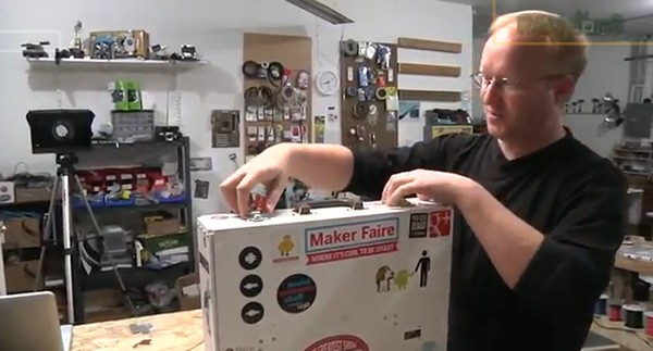 Ben Heck's portable 3D printer via Jason Hidalgo at Endgaget