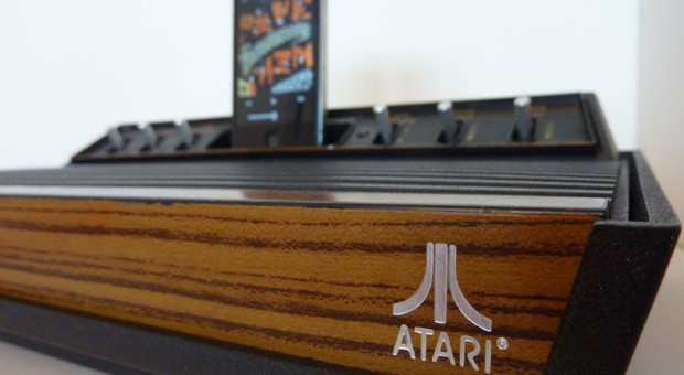 Atari 2600 converted into twoofakind iOS speaker docks