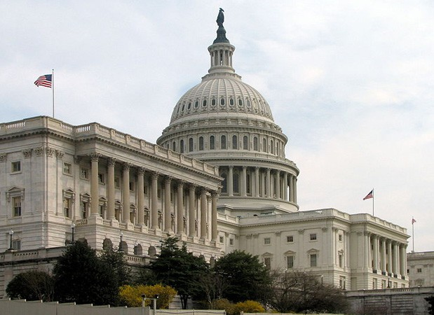 US Senate passes internet sales tax bill, faces a stiff fight in Congress