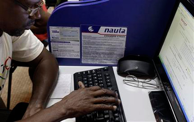 Over 100 internet centers open in Cuba, prove time really is money