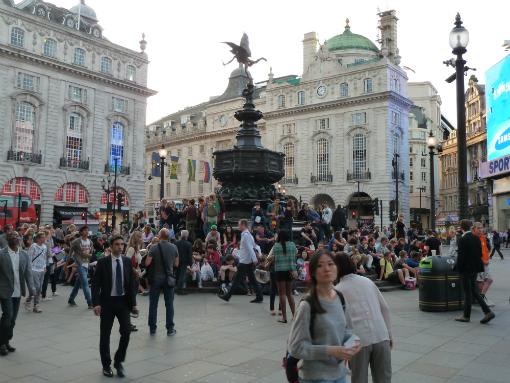 Foto: Andrea Tissenbaum   Piccadilly Circus – Londres