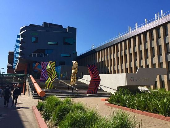 La Trobe University | Foto: Bridietmckenzie, via Wikimedia Commons