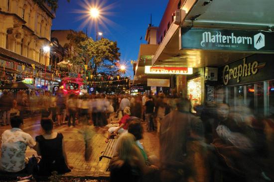 cuba-street-night-jesssilk-thumb_1024x1024