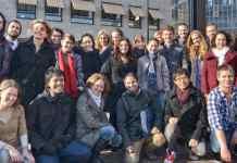 Clara Bianchini e Itamar Olimpio com colegas do mestrado Imagineering, na Breda University| Foto: Itamar Olimpio