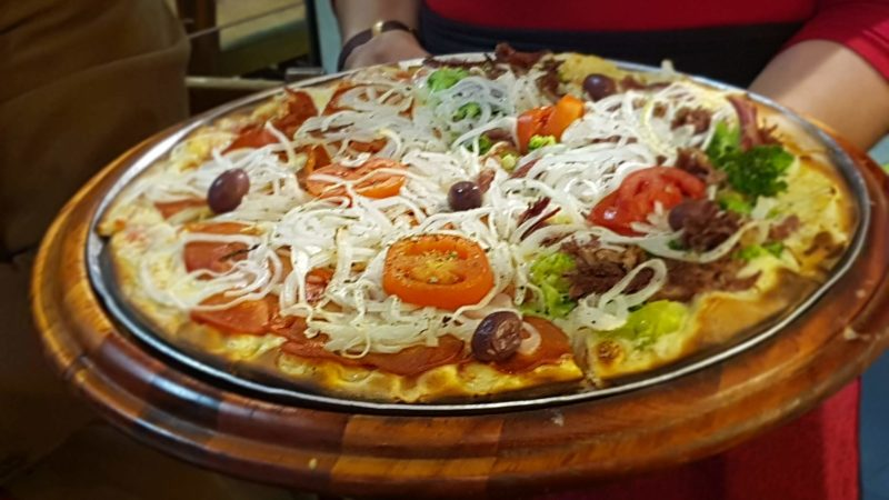 Entre as curvas do famoso Copan, descobrimos uma deliciosa pizza