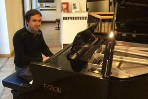Paolo Lazzarini al pianoforte Fazioli