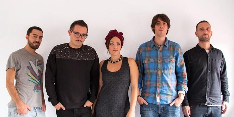 Lara Groove band