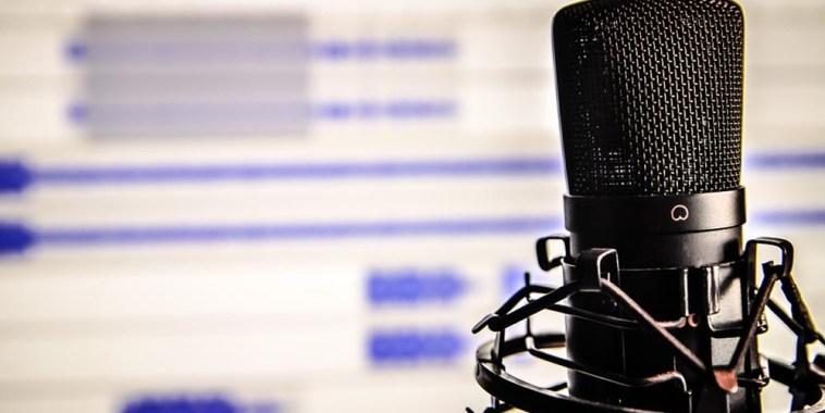 microfono studio registrazione