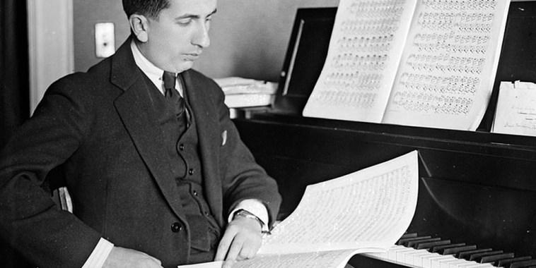 Alfredo-Casella-compositore-pianista