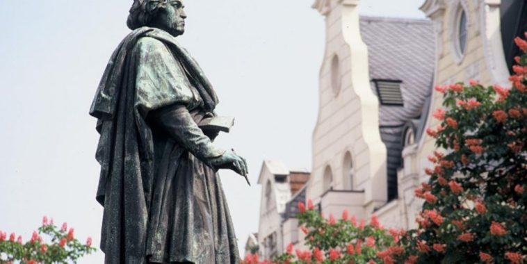La statua di Beethoven a Bonn