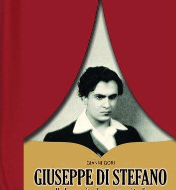 Giuseppe Di Stefano tenore copertina libro