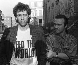 Bob Geldof, Midge Ure davanti Sarm Studios Londra