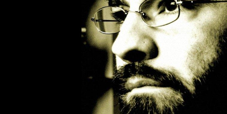 Alain Pagani, in primo piano con gli occhiali