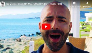 Fabio Fois in primo piano nel video Come se fosse un mai
