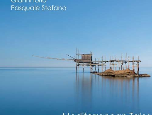 Mare e cielo azzurro sulla copertina del disco di Pasquale Stafano e Gianni Iorio: Mediterranean Tales