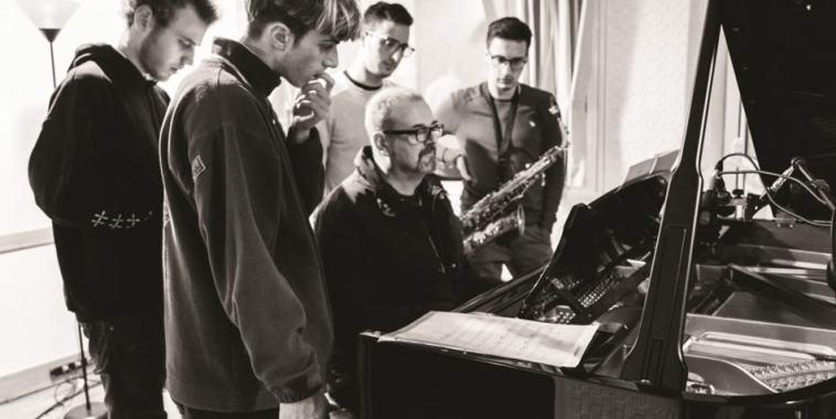 I We kids Quintet attorno al pianoforte