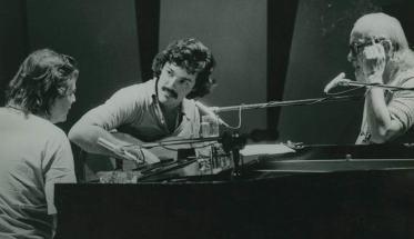Tom Jobim, Toquinho e Vinicius de Moraes alla TV Globo nel 1975 | Il Tropicalismo