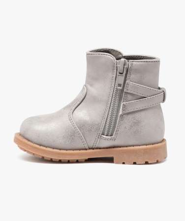 boots 24,99 €