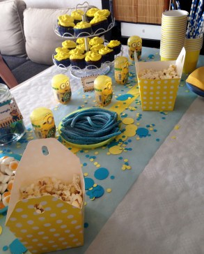 sweet table minion 3