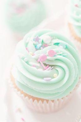 http://ohsprinkles.com/2016/02/vanilla-nutella-cupcakes/
