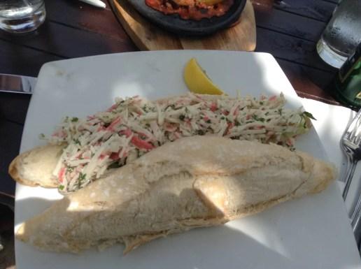 Moomba Beach, sandwich de cangrejo