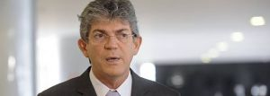 Ricardo Coutinho não garante reajuste do servidor e diz que Estado não pode governar para 3% da população