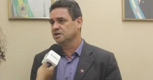 Charlinton rebate declarações de Efraim e diz que família Morais representa decadência da política