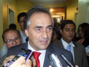 """Réplica: Cartaxo garante que Prefeitura respeita LRF e alfineta RC:""""Já o estado não sei como está"""""""
