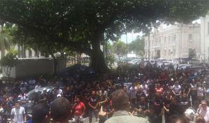 Fórum dos servidores pressiona deputados contra MP que suspende reajuste