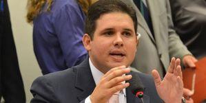 BASTIDORES: Diante da inflexibilidade de Maranhão sobre candidatura, deputados decidem sair conjuntamente do MDB