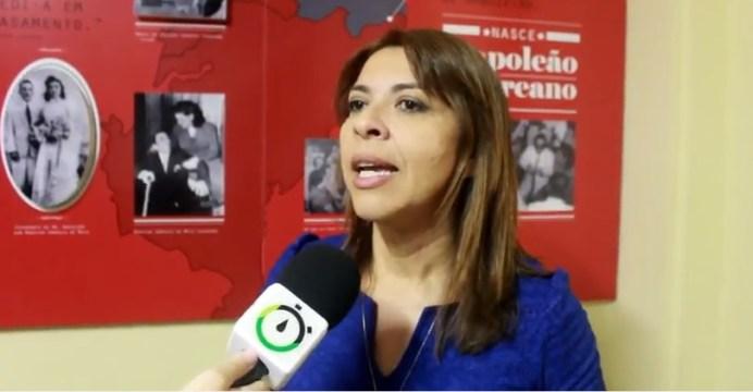 Após reunião com Ruy, vereadora defende votação para definir rumo do PSDB