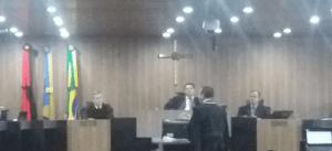 Com cinco votos contrários à cassação, novo pedido de vista adia julgamento de RC no TRE