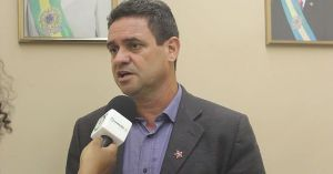 PT desmente informação sobre desistência de candidatura para apoiar PSB