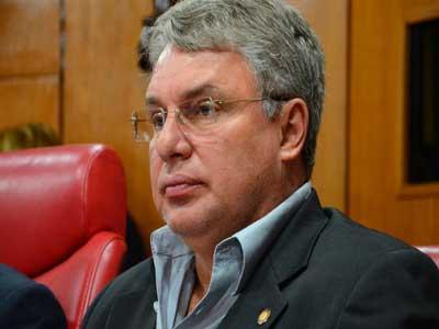"""Secretário de Cartaxo anuncia desfiliação do PTB e desabafa: """"Deixo legenda entristecido"""