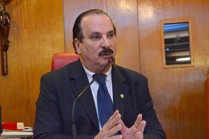Durval reúne vereadores para evitar sessões declaratórias durante período eleitoral