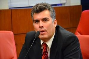 """Líder do prefeito alfineta deputados por tentativa de criação de CPI Mista: """"Eles devem instalar é a CPI do Empreender"""""""