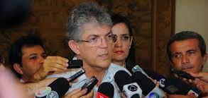 Atos pró-impeachment: Ricardo Coutinho diz que a história é implacável com quem golpeia a democracia