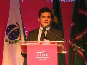 Moro afirma que não tem motivação política e nem ligação com partidos