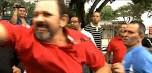 Após condução coercitiva, petistas e opositores brigam em frente à casa de Lula; veja as imagens