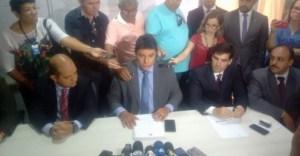 Após declaração de Durval, vereadores marcam reunião para garantir instalação de CPI