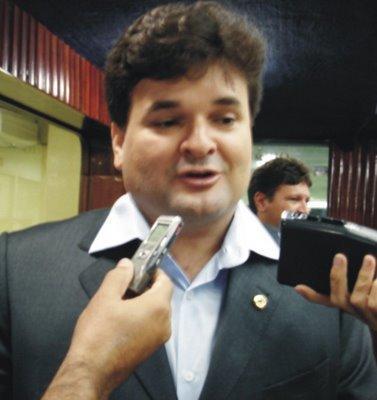 Quinto desiste de candidatura e anuncia apoio a Zé Paulo em Santa Rita