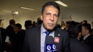 Líder do governo assegura que João deixará o PSB e aposta em novas exonerações de aliados de Ricardo