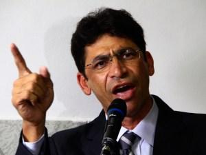MP pede condenção do prefeito de Santa Rita por atrasar salário dos servidores