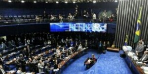 Dilma vira ré e vai a julgamento com votos de senadores paraibanos